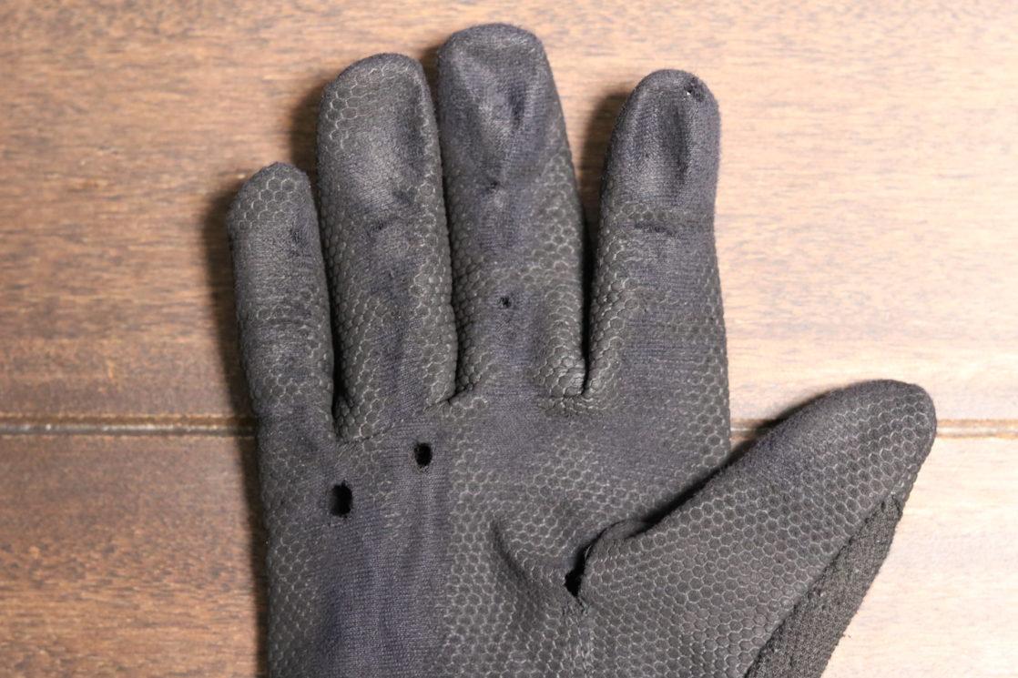 筋トレ初心者こそ「パワーグリップ・ウエイトトレーニンググローブ」を装着した方が良い件について【メリットを徹底解説】